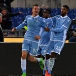 Una Lazio cinica complica i piani della Roma. E' 2-0