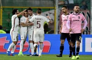 L'esultanza di El Shaarawy sul gol dell'1-0