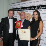 TARGA DEL LEONE D'ORO PER MERITI PROFESSIONALI AL CASEIFICIO LA FATTORIA DEI FRATELLI  PARAGGIO