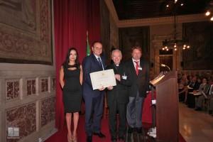On. Baccini premiano S.E. il Cardinale Francesco Coccopalmerio