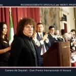 La premiazione di Riccardo Cocciante